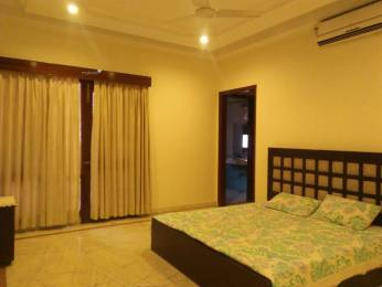 1300 sqft, 3 bhk Apartment in Builder Project South Extension 2, Delhi at Rs. 66000