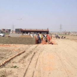 540 sqft, Plot in Builder Project Pari Chowk, Greater Noida at Rs. 20.0000 Lacs