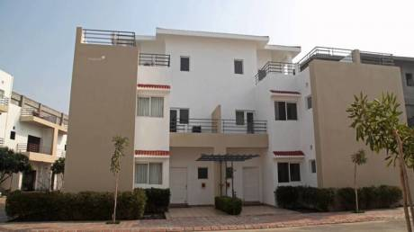 2452 sqft, 4 bhk Villa in Paramount Golfforeste Villas Zeta, Greater Noida at Rs. 91.8500 Lacs
