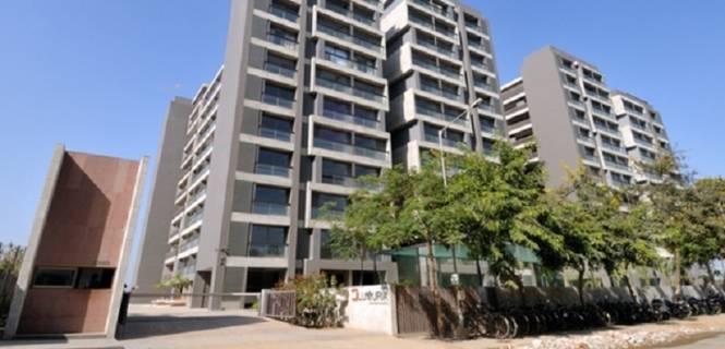 3800 sqft, 4 bhk Apartment in Gala Luxuria Bopal, Ahmedabad at Rs. 50000