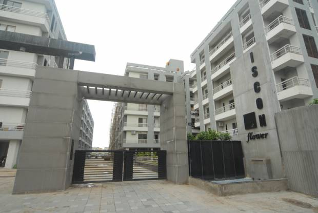 1233 sqft, 2 bhk Apartment in JP Flower Bopal, Ahmedabad at Rs. 11500