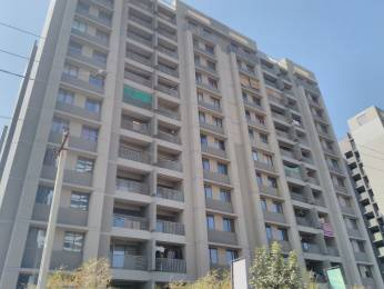 1850 sqft, 3 bhk Apartment in Gala Haven Near Nirma University On SG Highway, Ahmedabad at Rs. 15000