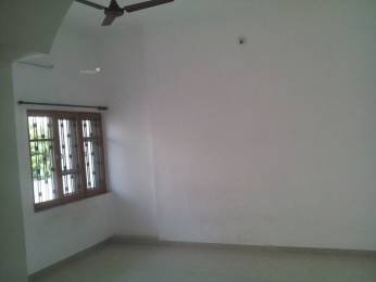 720 sqft, 1 bhk Apartment in Builder CHnadan Flats Shahibagh, Ahmedabad at Rs. 9500