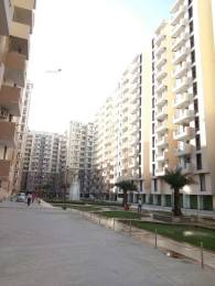 1350 sqft, 3 bhk Apartment in Super OXY Homez Indraprastha Yojna, Ghaziabad at Rs. 8000