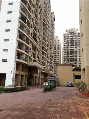 1335 sqft, 3 bhk Apartment in Raheja Heights Malad East, Mumbai at Rs. 47000