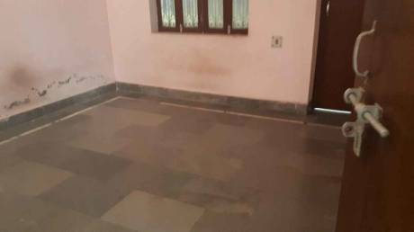1000 sqft, 2 bhk IndependentHouse in Builder Project Samne Ghat Road, Varanasi at Rs. 8000