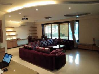 2000 sqft, 4 bhk IndependentHouse in Builder Independent House Chembur East, Mumbai at Rs. 80000