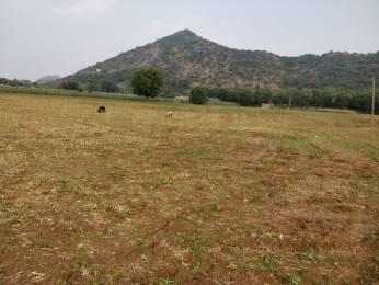 1251 sqft, Plot in Builder New Project Pedamadduru Chevapadu Road, Guntur at Rs. 10.4250 Lacs