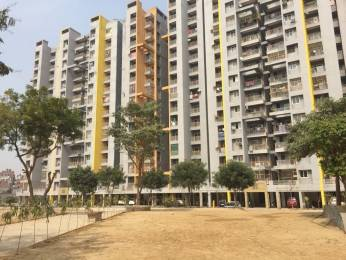 940 sqft, 2 bhk Apartment in BCC Bharat City Indraprastha Yojna, Ghaziabad at Rs. 24.0000 Lacs