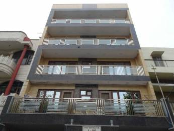 1800 sqft, 3 bhk BuilderFloor in Builder Kirti Nagar Kirti Nagar, Delhi at Rs. 45000