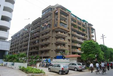 1500 sqft, 3 bhk Apartment in Builder Project Krishna Apra, Ghaziabad at Rs. 16000