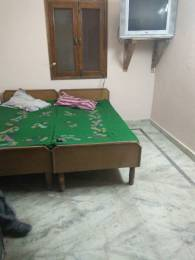 400 sqft, 1 bhk Apartment in Reputed Varun Enclave Sector 28, Noida at Rs. 7500