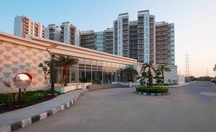 1975 sqft, 3 bhk Apartment in Spaze Privy Sector 72, Gurgaon at Rs. 1.4000 Cr
