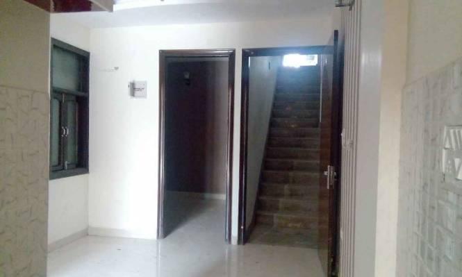 450 sqft, 2 bhk BuilderFloor in Kushwaha Homes Tower A Uttam Nagar, Delhi at Rs. 19.0000 Lacs