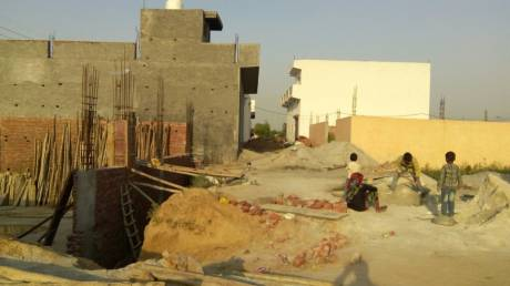 450 sqft, Plot in Builder Project Sultan Puri, Delhi at Rs. 5.5000 Lacs
