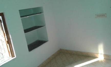 700 sqft, 1 bhk IndependentHouse in Builder Project Bansdroni, Kolkata at Rs. 6000