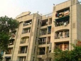1400 sqft, 3 bhk Apartment in Builder Gharonda Apartments Alpha 1 Block B Road, Greater Noida at Rs. 50.0000 Lacs