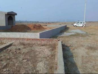 900 sqft, Plot in Builder Life green city Sector 78, Noida at Rs. 4.0000 Lacs