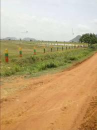 1350 sqft, Plot in Builder Project Pathapadu Katta Road, Vijayawada at Rs. 10.5000 Lacs