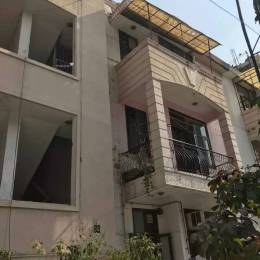 1450 sqft, 3 bhk Apartment in Builder Jaipuria enclave a Kaushambi, Ghaziabad at Rs. 85.0000 Lacs