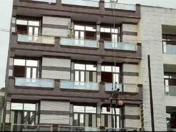 1000 sqft, 3 bhk BuilderFloor in Adarsh Adarsh Apartment 8 DLF Ankur Vihar, Ghaziabad at Rs. 30.5000 Lacs