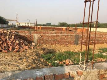 450 sqft, Plot in Builder Project Surajpur, Greater Noida at Rs. 4.5000 Lacs