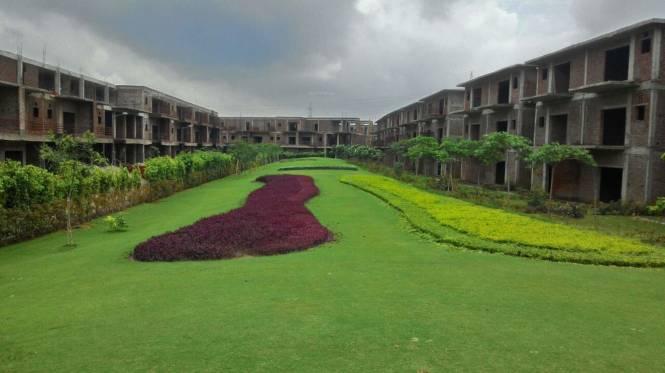 2185 sqft, 3 bhk Villa in Paramount Golfforeste Villas Zeta, Greater Noida at Rs. 1.0700 Cr