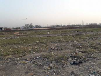 450 sqft, Plot in Limra Height Sector 72, Noida at Rs. 12.0000 Lacs