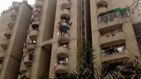 1400 sqft, 3 bhk Apartment in Express Greens Sector 1 Vaishali, Ghaziabad at Rs. 77.0000 Lacs