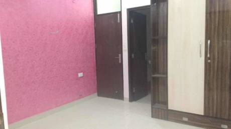 900 sqft, 2 bhk BuilderFloor in Builder Project Gyan Khand 2, Ghaziabad at Rs. 11500