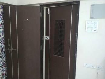 300 sqft, 1 bhk Apartment in Builder Project Charni Road, Mumbai at Rs. 40000