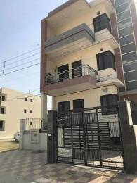 1840 sqft, 3 bhk BuilderFloor in Builder 3BHK Independent Builder Floor available for sale in Gurgaon Sector 52, Gurgaon at Rs. 1.0000 Cr