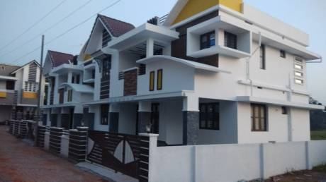 2200 sqft, 3 bhk IndependentHouse in Builder Valiaparambilproperties Kuzhivelippady, Kochi at Rs. 75.0000 Lacs