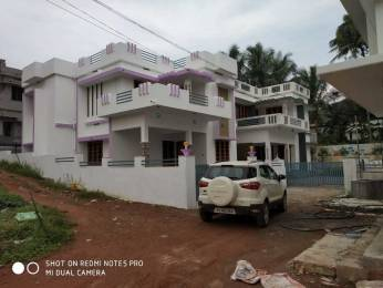 1700 sqft, 3 bhk IndependentHouse in Builder Project Kakkanad, Kochi at Rs. 58.0000 Lacs