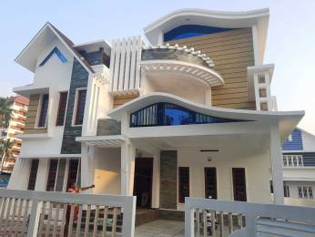 3900 sqft, 5 bhk IndependentHouse in Builder Project Vennala, Kochi at Rs. 3.2500 Cr