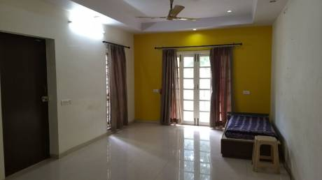 700 sqft, 1 bhk Apartment in Builder Project Civil Lines, Nagpur at Rs. 8000