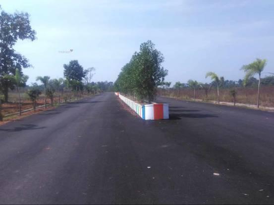 1800 sqft, Plot in Swathi Nagarjuna Township Chakradwarabandham, Visakhapatnam at Rs. 11.0000 Lacs