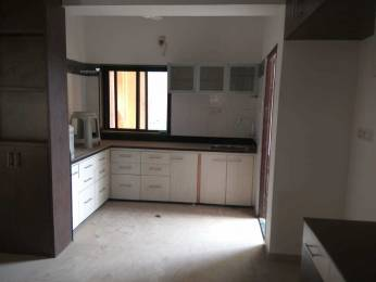 1400 sqft, 3 bhk Apartment in Builder Karelibaug main road Karelibagh, Vadodara at Rs. 22000