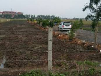 900 sqft, Plot in Builder Project Vijayawada Guntur Highway, Guntur at Rs. 4.5000 Lacs
