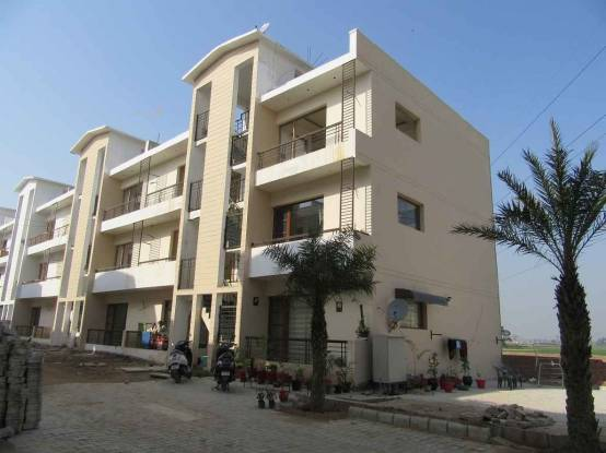 900 sqft, 2 bhk Apartment in Builder Project Sunny Enclave, Chandigarh at Rs. 22.0000 Lacs