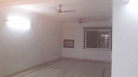 1300 sqft, 2 bhk Apartment in Builder Project Prag Narayan Road, Lucknow at Rs. 23000