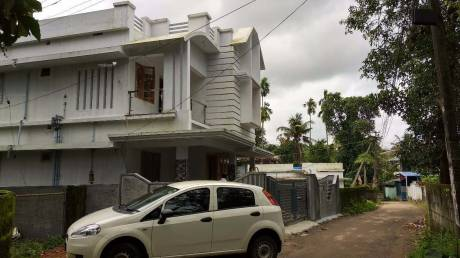 1600 sqft, 3 bhk IndependentHouse in Builder Project Kalamassery, Kochi at Rs. 48.0000 Lacs
