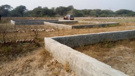 900 sqft, Plot in Builder Project Sector 16, Noida at Rs. 3.5000 Lacs