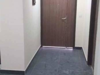 700 sqft, 2 bhk Apartment in Builder Project Beliaghata, Kolkata at Rs. 13000