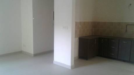 765 sqft, 2 bhk BuilderFloor in Builder Project laxmi nagar, Delhi at Rs. 13000
