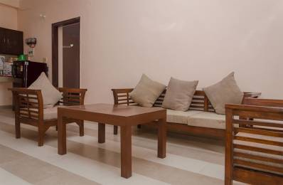 800 sqft, 1 bhk Apartment in Builder Project Delta I, Greater Noida at Rs. 10000