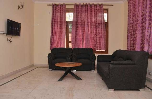 600 sqft, 1 bhk Apartment in Builder Project Sector 21, Gurgaon at Rs. 15500