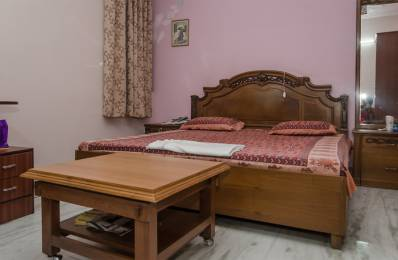 600 sqft, 1 bhk Apartment in Builder Project Kalkaji, Delhi at Rs. 24000