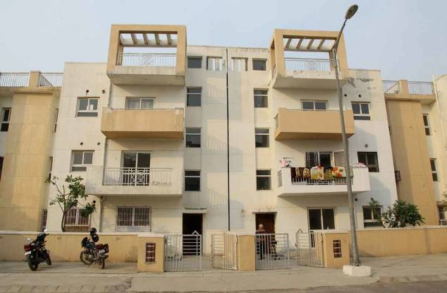 1800 sqft, 4 bhk IndependentHouse in Builder Project Sector 82, Faridabad at Rs. 24000