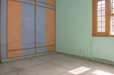800 sqft, 3 bhk Apartment in Builder Project sector 46, Faridabad at Rs. 15000